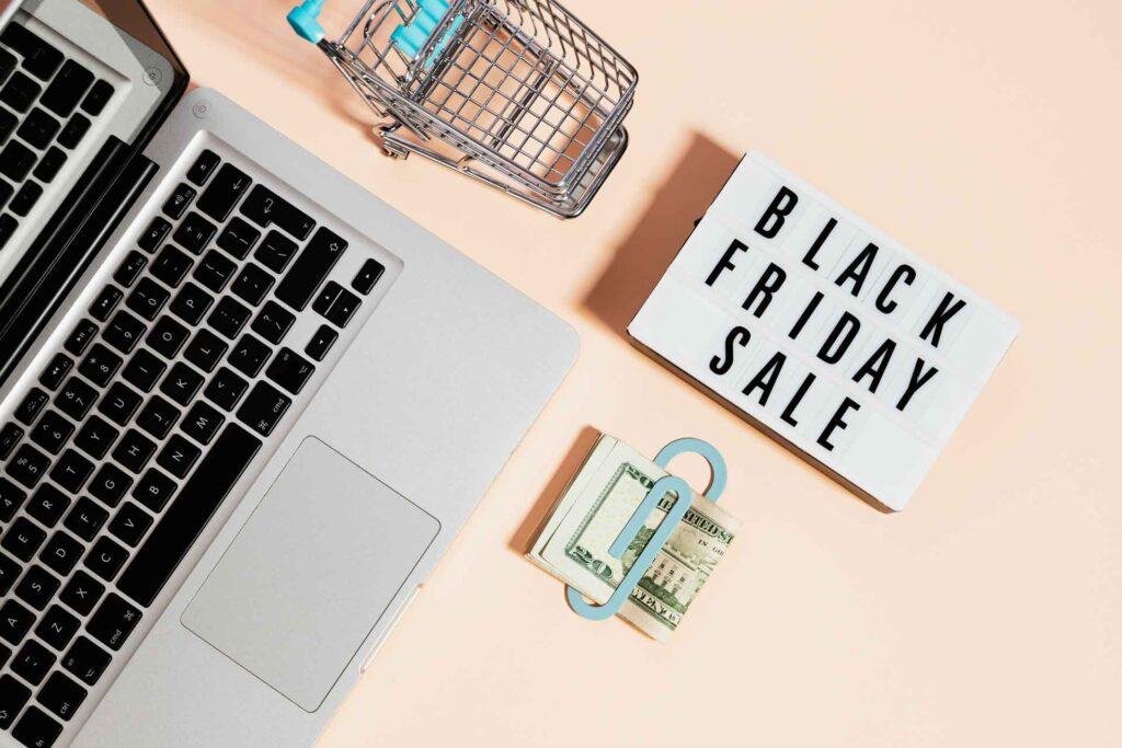 Jak przygotować swój sklep internetowy do ogromnego ruchu podczas Black Friday?